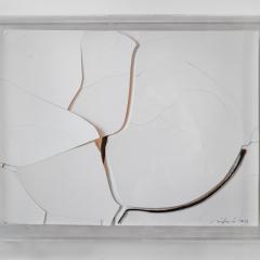 Bílý-prasklý-49x-37-cm-porcelain-2012