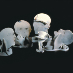 Rozhovor-porcelain-and-stainless-steel-120-x-45-x-40-cm-1981