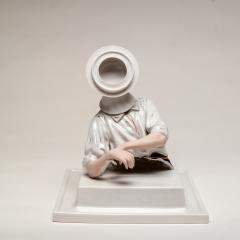 Figure-with-Circular-Head-27-x-22-cm-2014