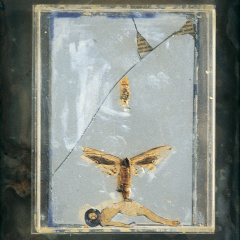 Duše-opouští-tělo-I.-asambláž-32-x-26-cm-1993