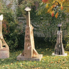 Skupina-zvířecích-totemů-terakota-vh-140–190-cm-1990