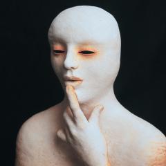 1_Silence-stoneware-50-x-46-cm-1997